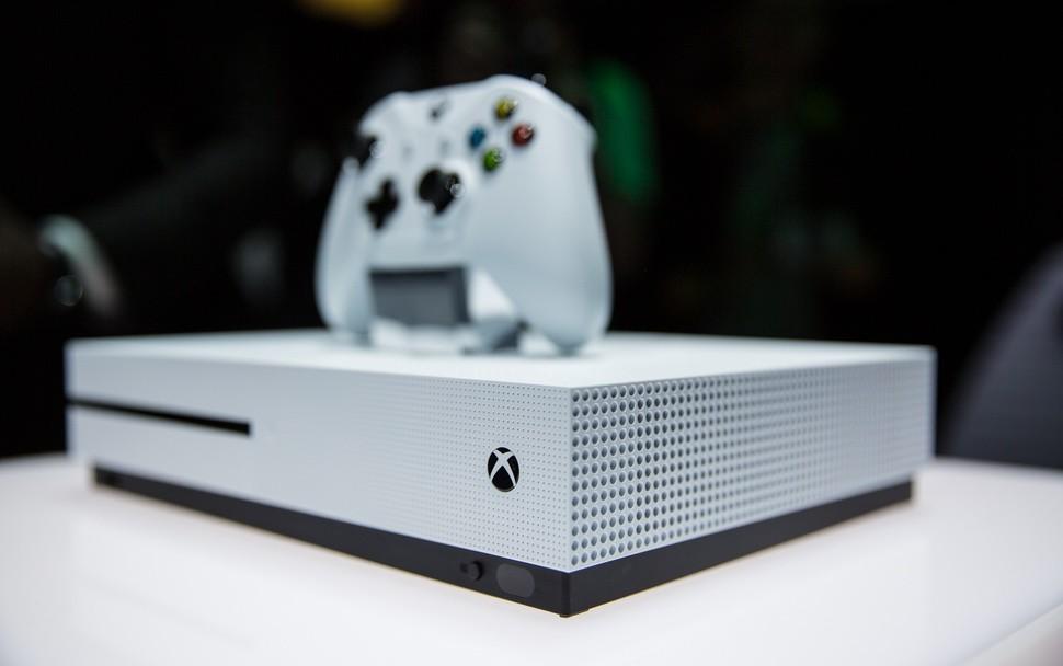 Xbox One S будет немного мощнее оригинала