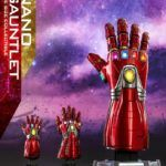 Hot Toys показала полноразмерную Перчатку Бесконечности из «Мстители: Финал»