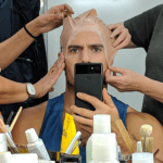 Генри Кавилл сообщил о завершении съемок сериала по мотивам «Ведьмака» от Netflix