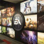 Инвесторская группа считает, что боссам EA платят слишком большие бонусы