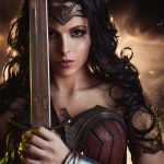 Красота и сила принцессы амазонок: Русская девушка показала первоклассный косплей Чудо-женщины
