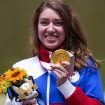 Чемпионку Олимпиады Виталину Бацарашкину встретили в России песней из «Ведьмака»