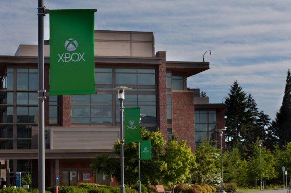 Фотографии с территории анонса нового Xbox. Онлайн-трансляция