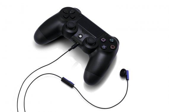 Дизайн PS4 в подробностях, видео социальных функций